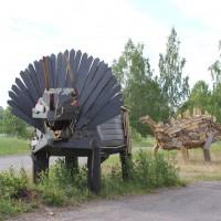 AnnaPekkala_Pushing Daisies(Luonnoksia Dinosauruksista II) kolmikko